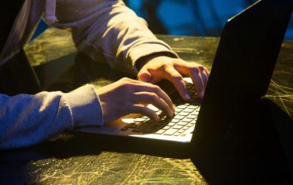Logiciels espions, comment les détecter sur votre ordinateurou votre téléphone ?