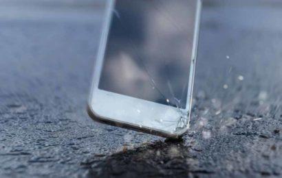 Smartphones : vaut-il mieux réparer ou remplacer ?